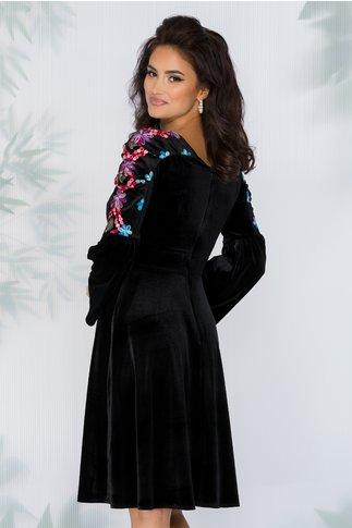 Rochie Moze neagra din catifea cu brodeire traditionala