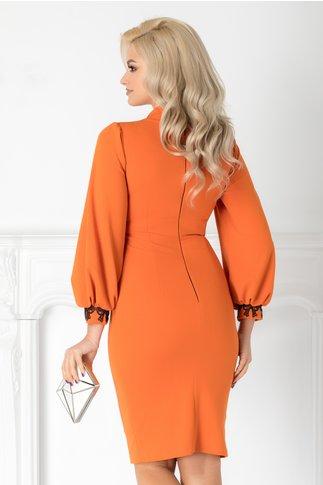 Rochie Moze orange conica cu dantela si cret la guler