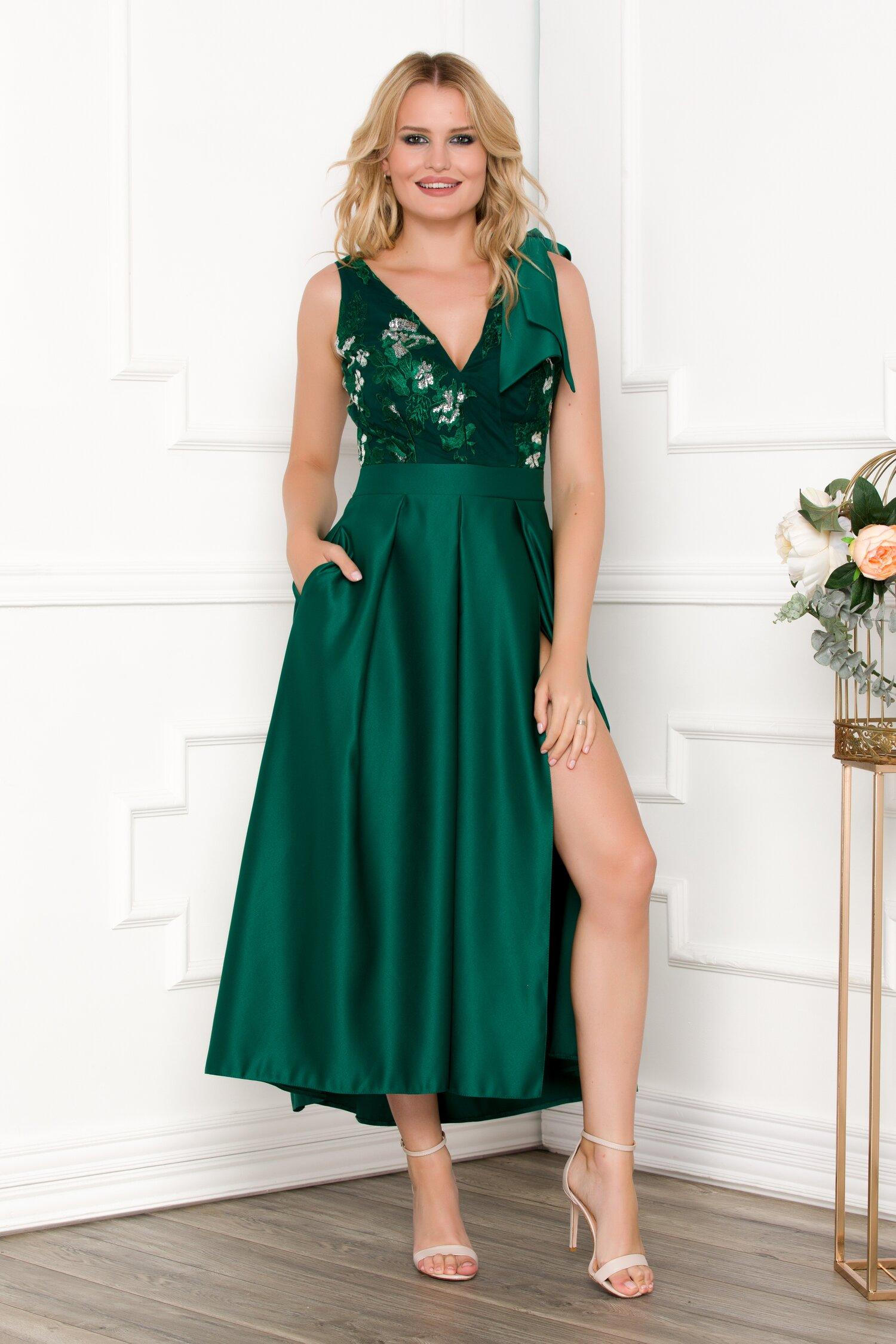 Rochie Moze verde din tafta cu broderie florala si paiete la bust