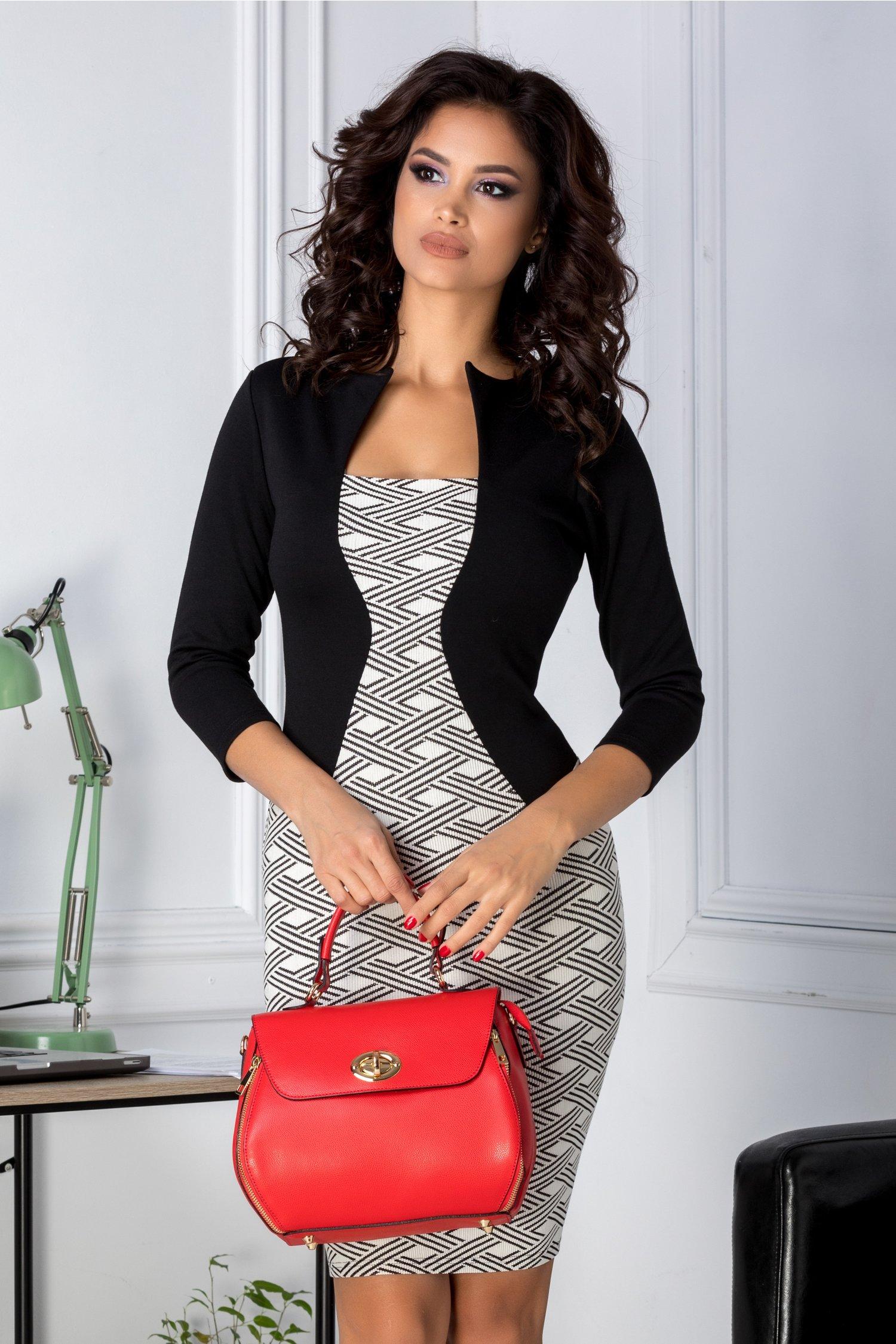 Rochie Naty alb cu negru si imprimeuri geometrice