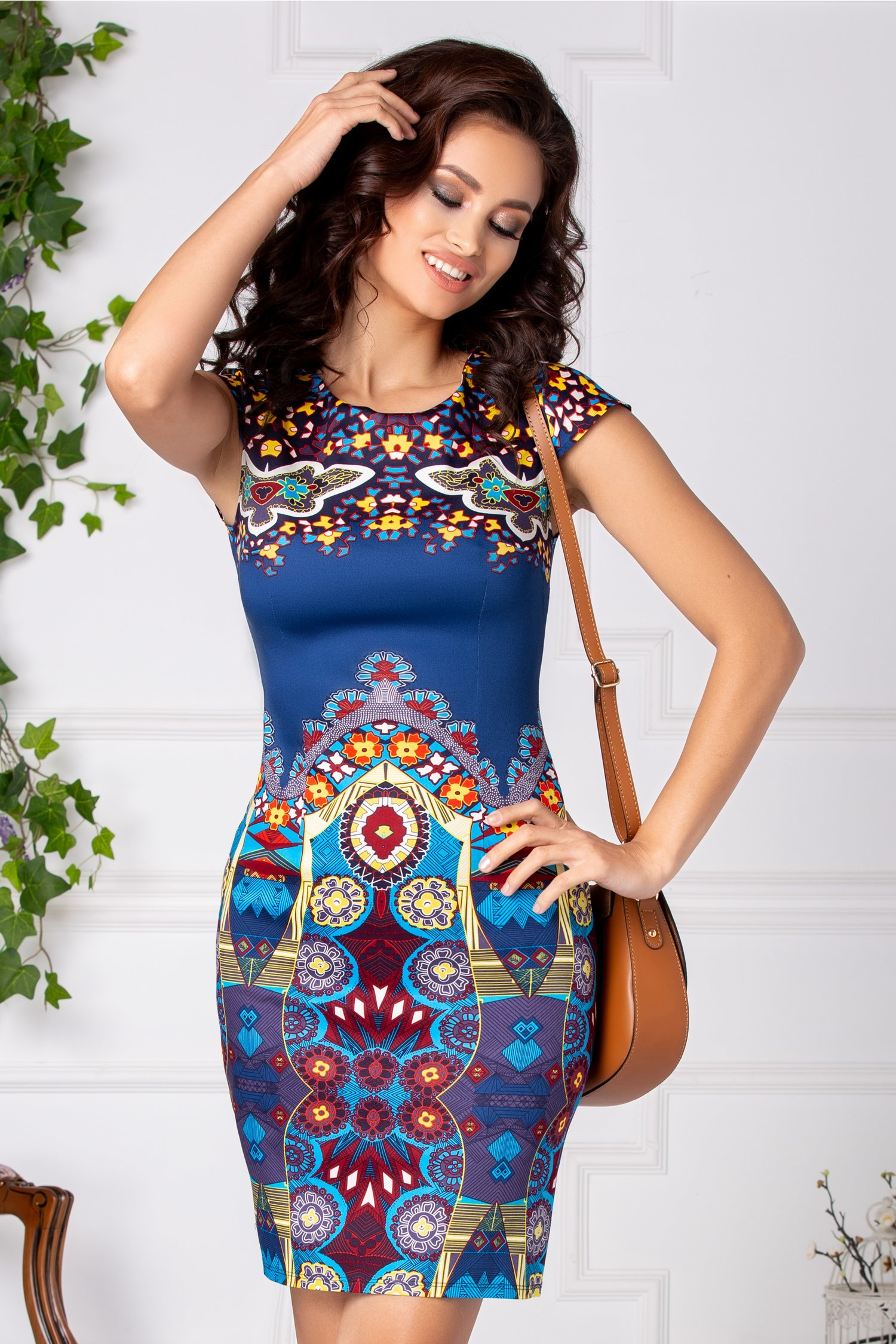 Rochie Nety bleumarin cu imprimeu divers multicolor