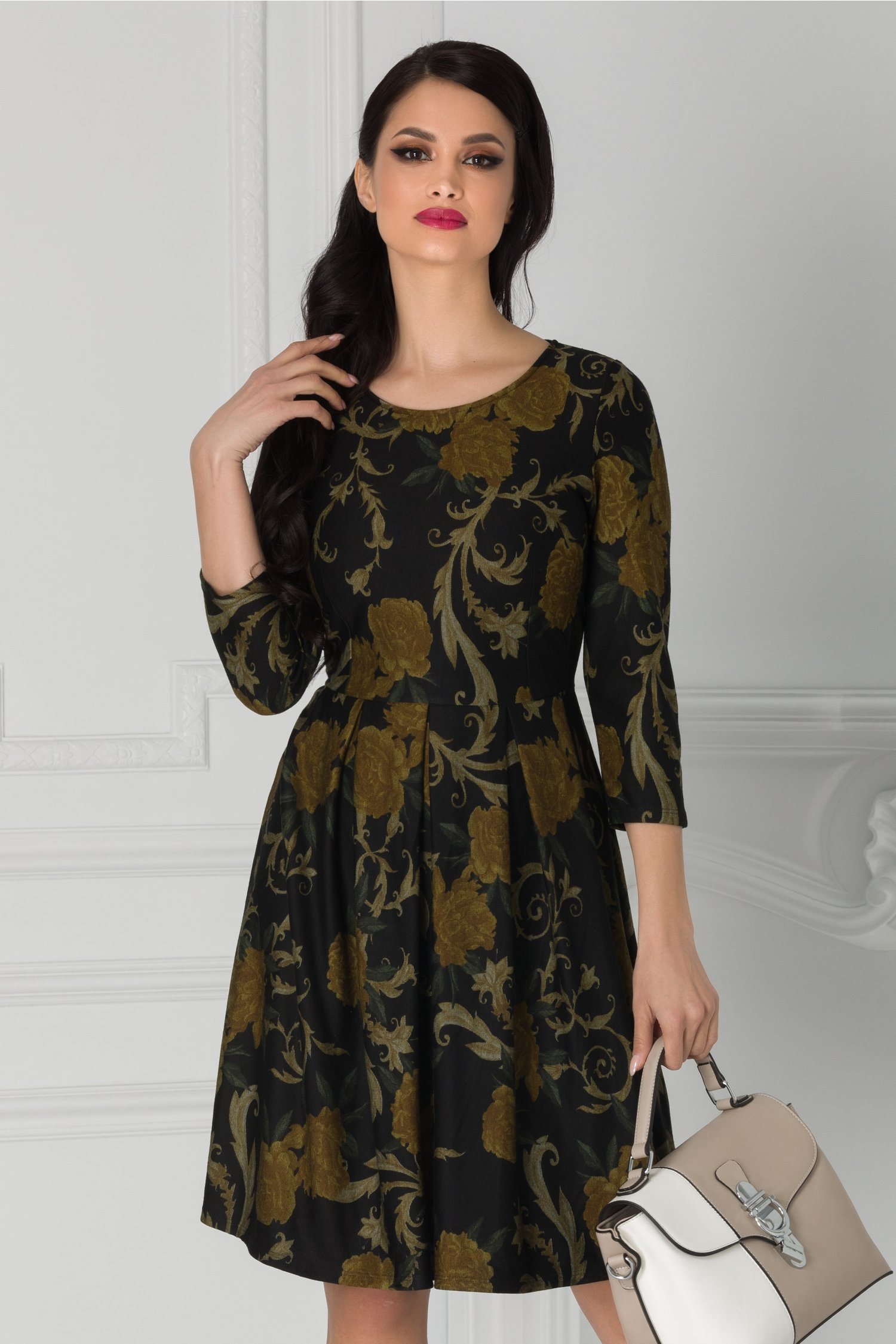Rochie Nico neagra cu flori galben mustar