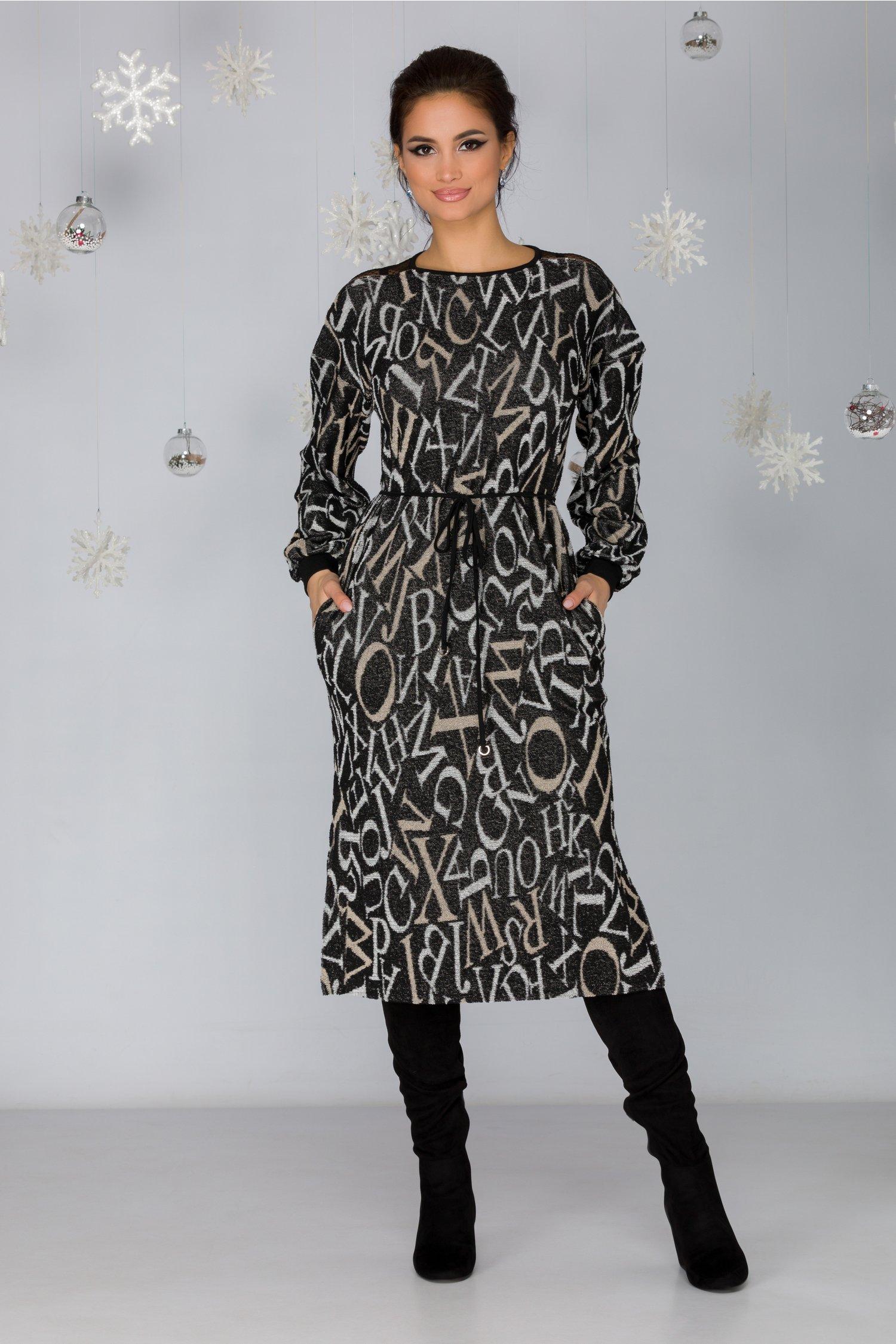 Rochie Ozzy tricotata cu imprimeu text si aplicatii tip fermoar cu dantela in zona umerilor