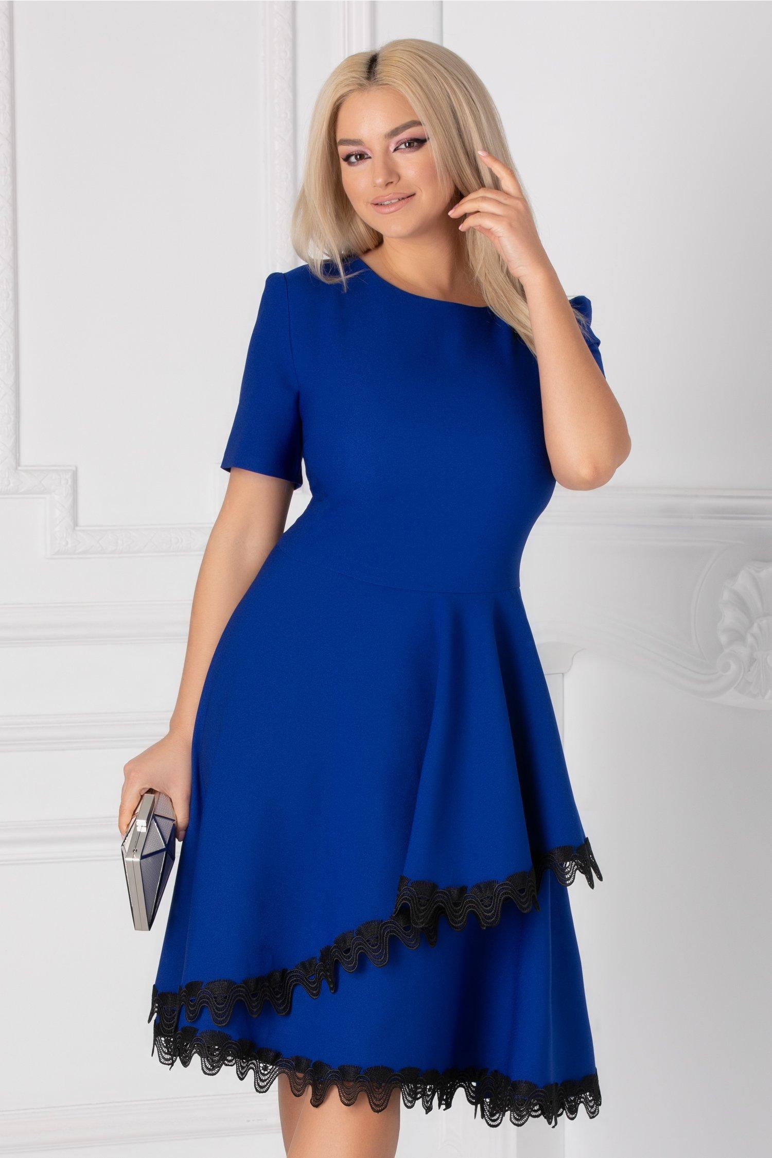 Rochie Penelope albastra cu dantela la baza