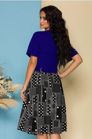 Rochie Petra albastra cu fusta neagra si imprimeuri geometrice
