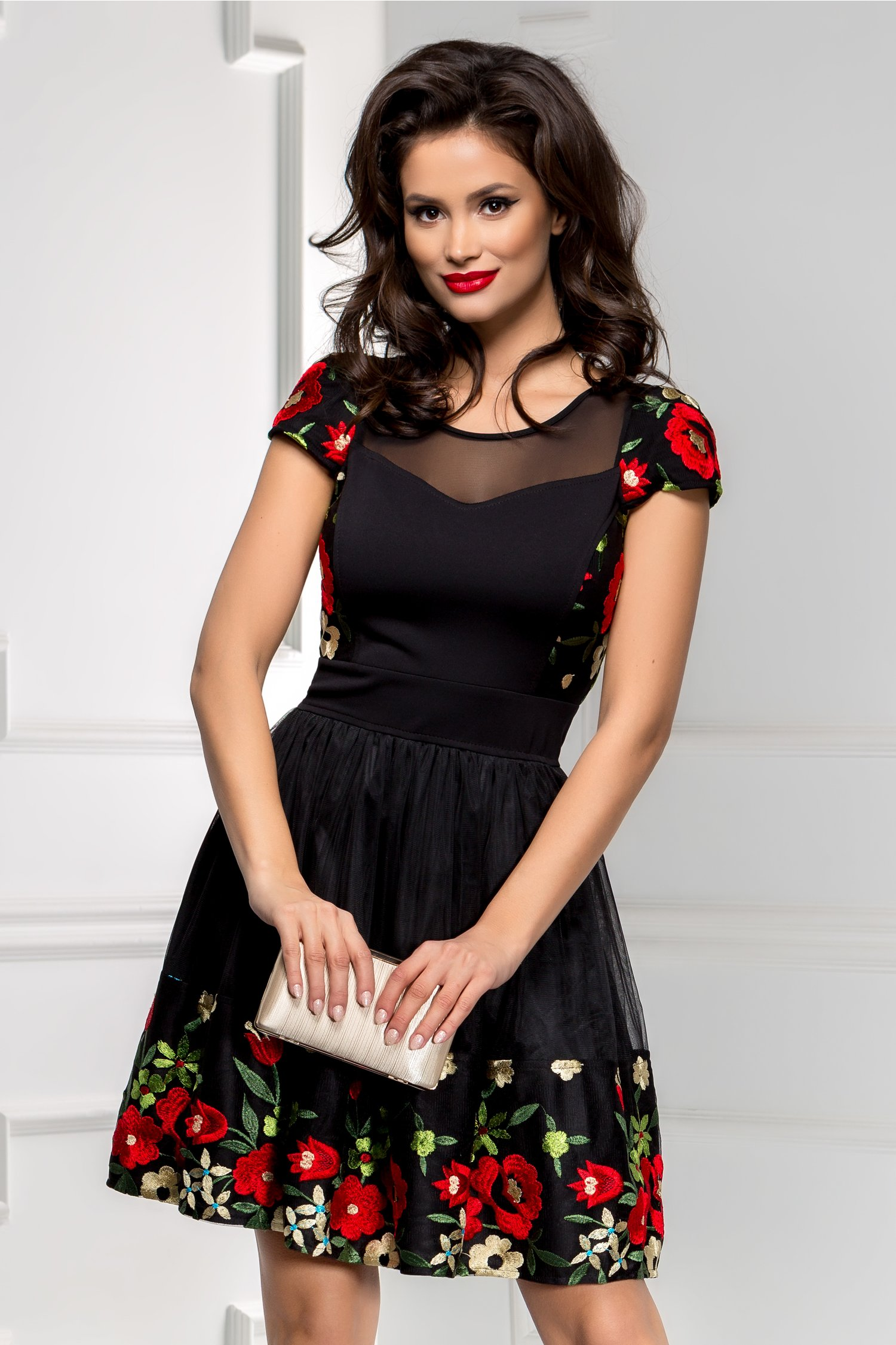 Rochie Princes neagra din tull cu broderie florala