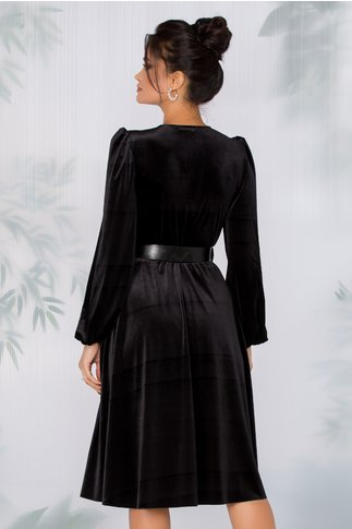 Rochie Roxi din catifea neagra cu decolteul petrecut