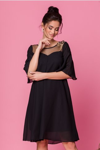 Rochie Sabri neagra vaporoasa cu broderie la decolteu