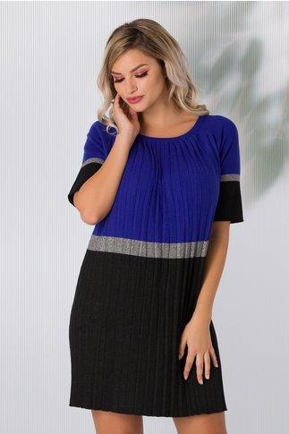 Rochie Sabrina din tricot plisata albastru cu negru