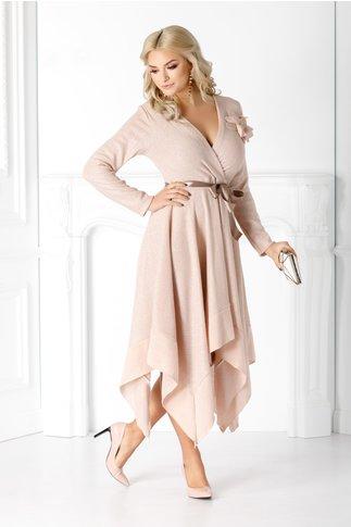 Rochie Sara roz in colturi