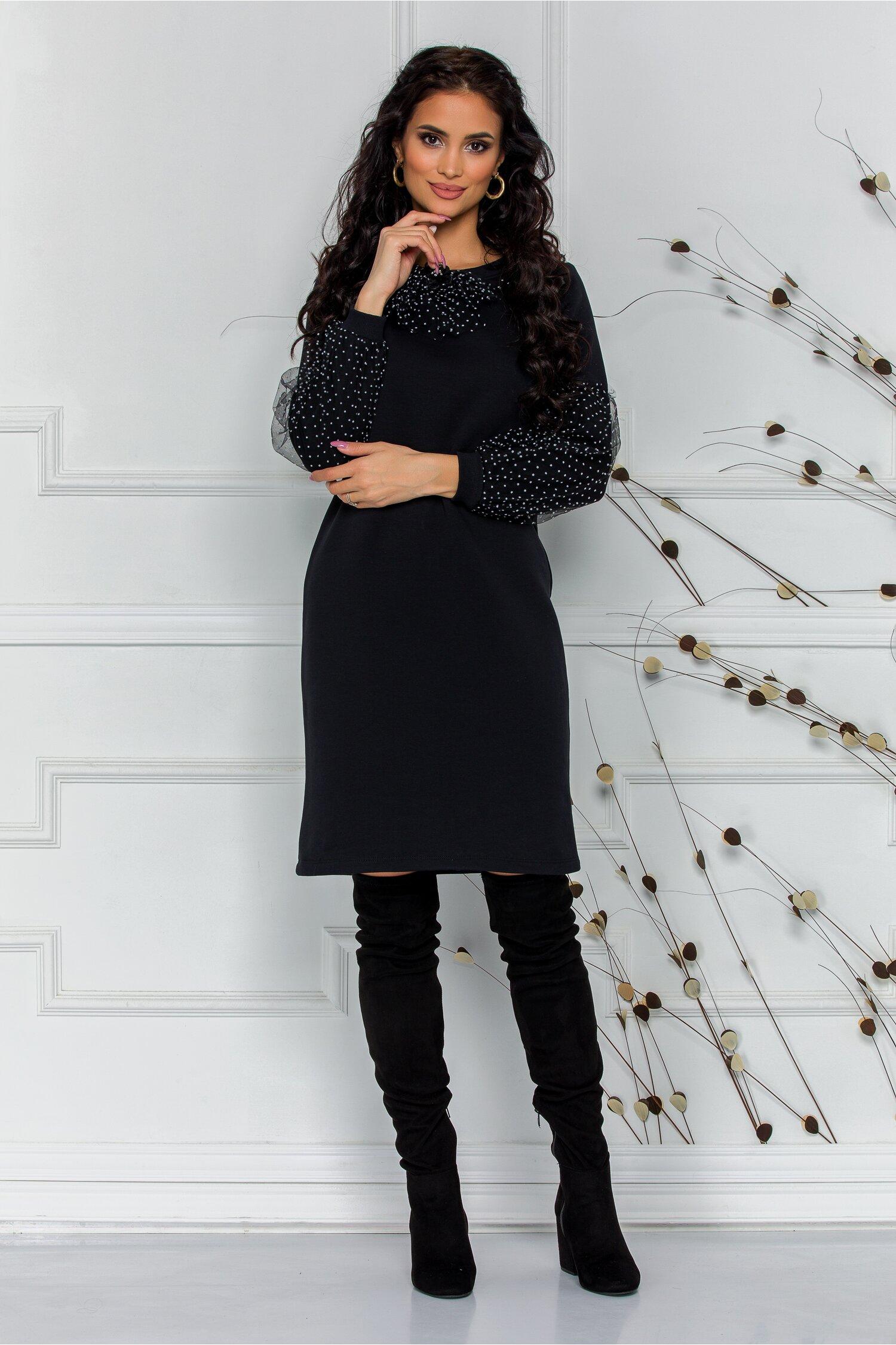 Rochie Sarah neagra cu detalii din tull cu buline albe