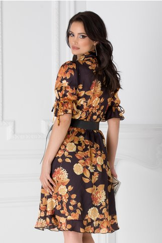 Rochie Selena neagra cu imprimeu floral galben mustar si esarfa