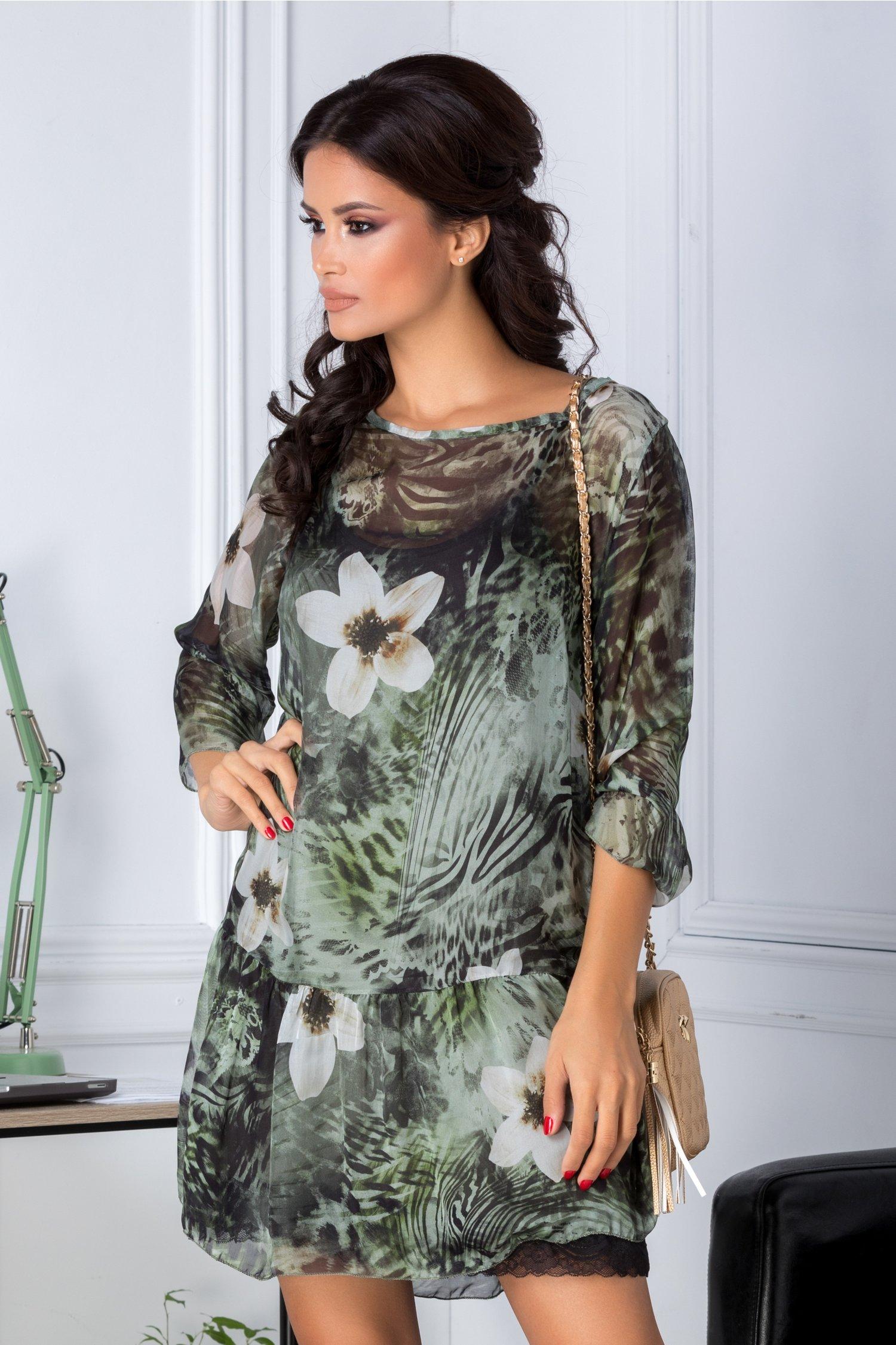 Rochie Tania verde vaporoasa cu imprimeu