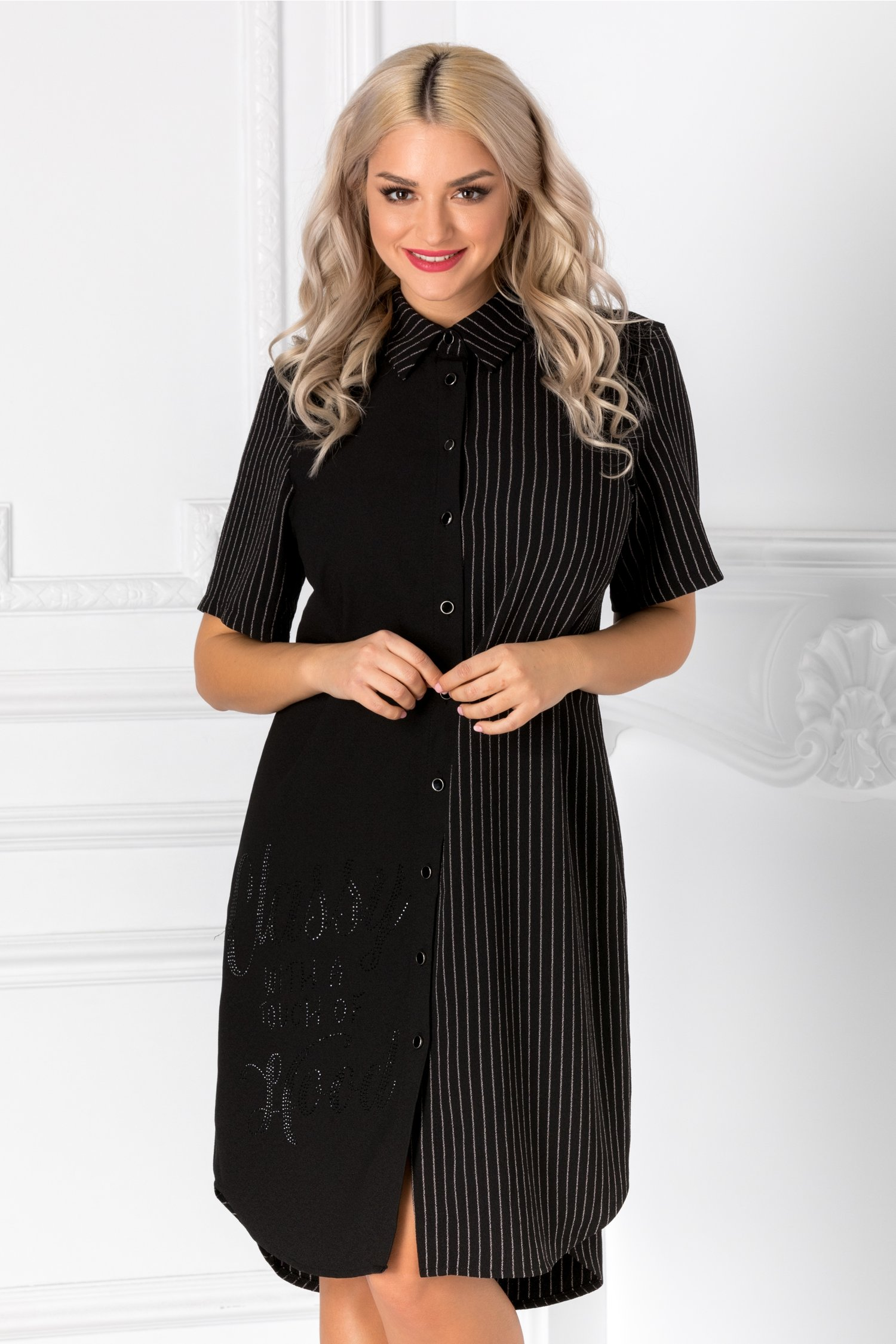 Rochie tip camasa neagra cu dungi albe si strasuri