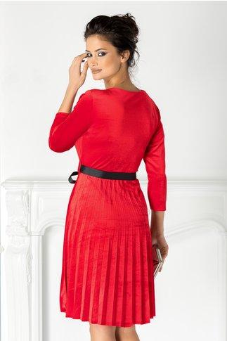 Rochie Valerie rosie din catifea cu cordon in talie