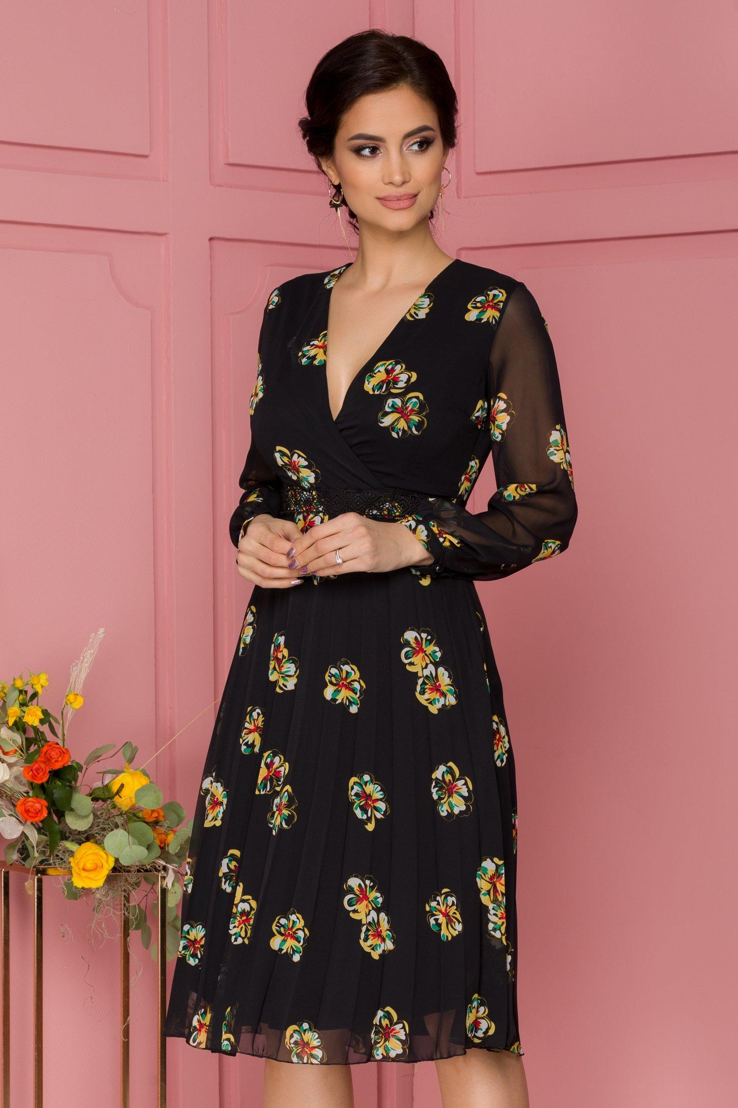 Rochie Willow neagra cu imprimeu floral si cordon din broderie florala in talie
