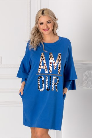Rochita casual albastra cu aplicatie stralucitoare pe fata