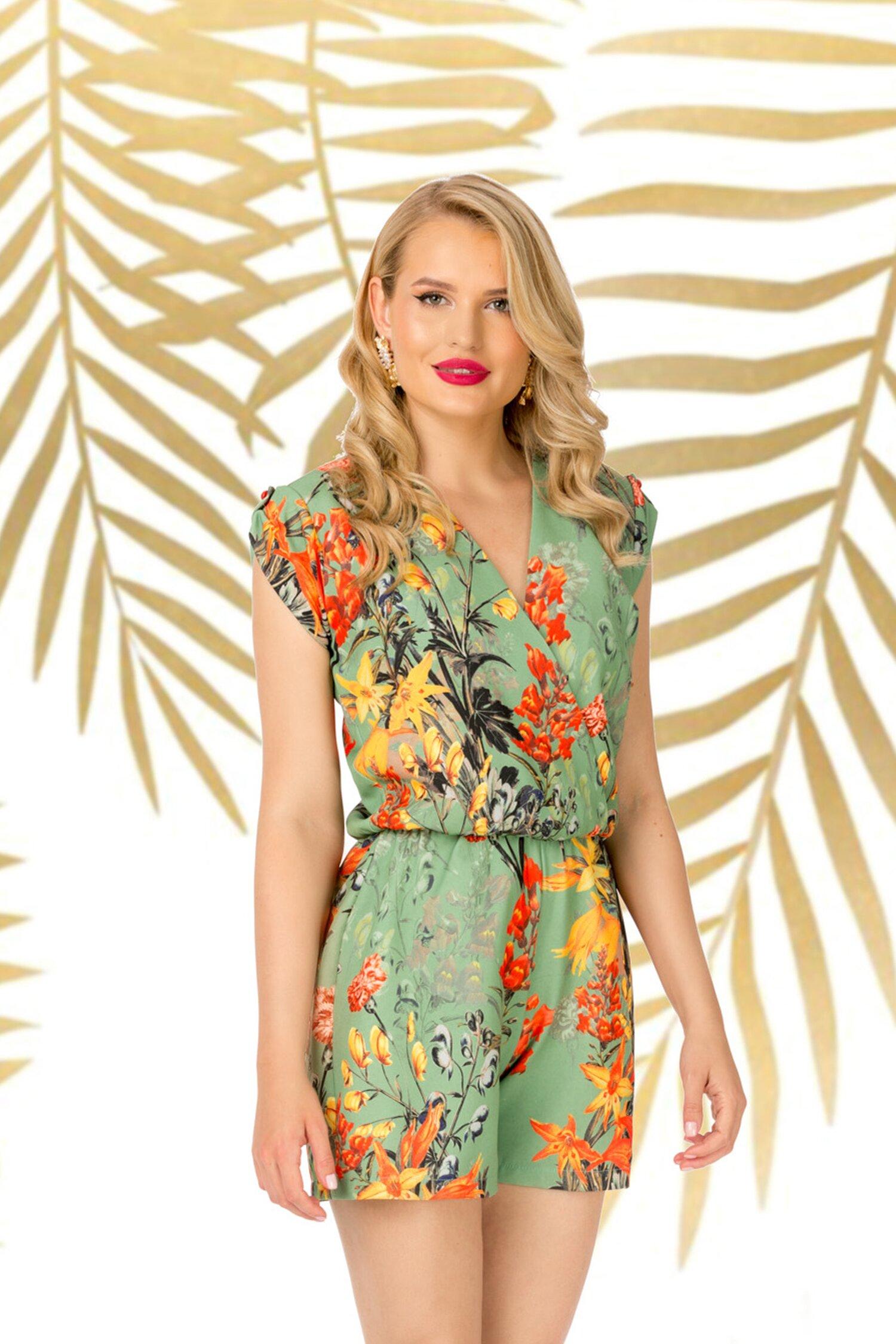 Salopeta scurta Pretty Girl verde cu imprimeuri florale orange