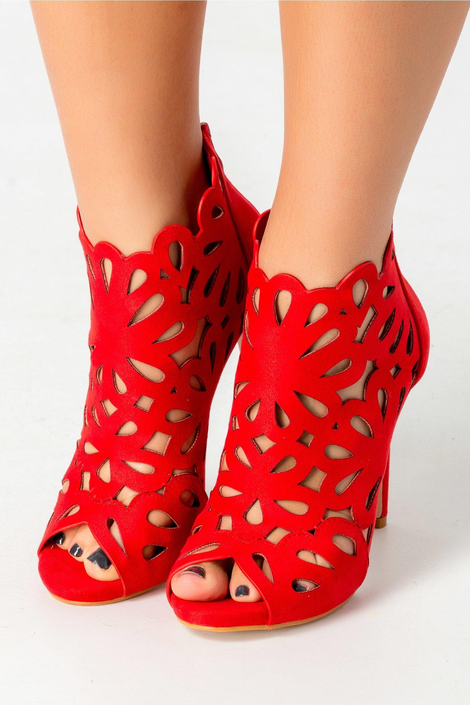 Sandale Bella rosii cu decupaje