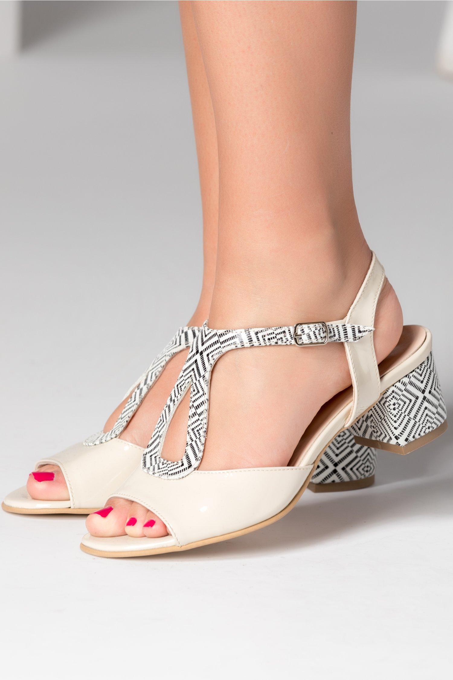 Sandale dama ivory cu imprimeu alb negru