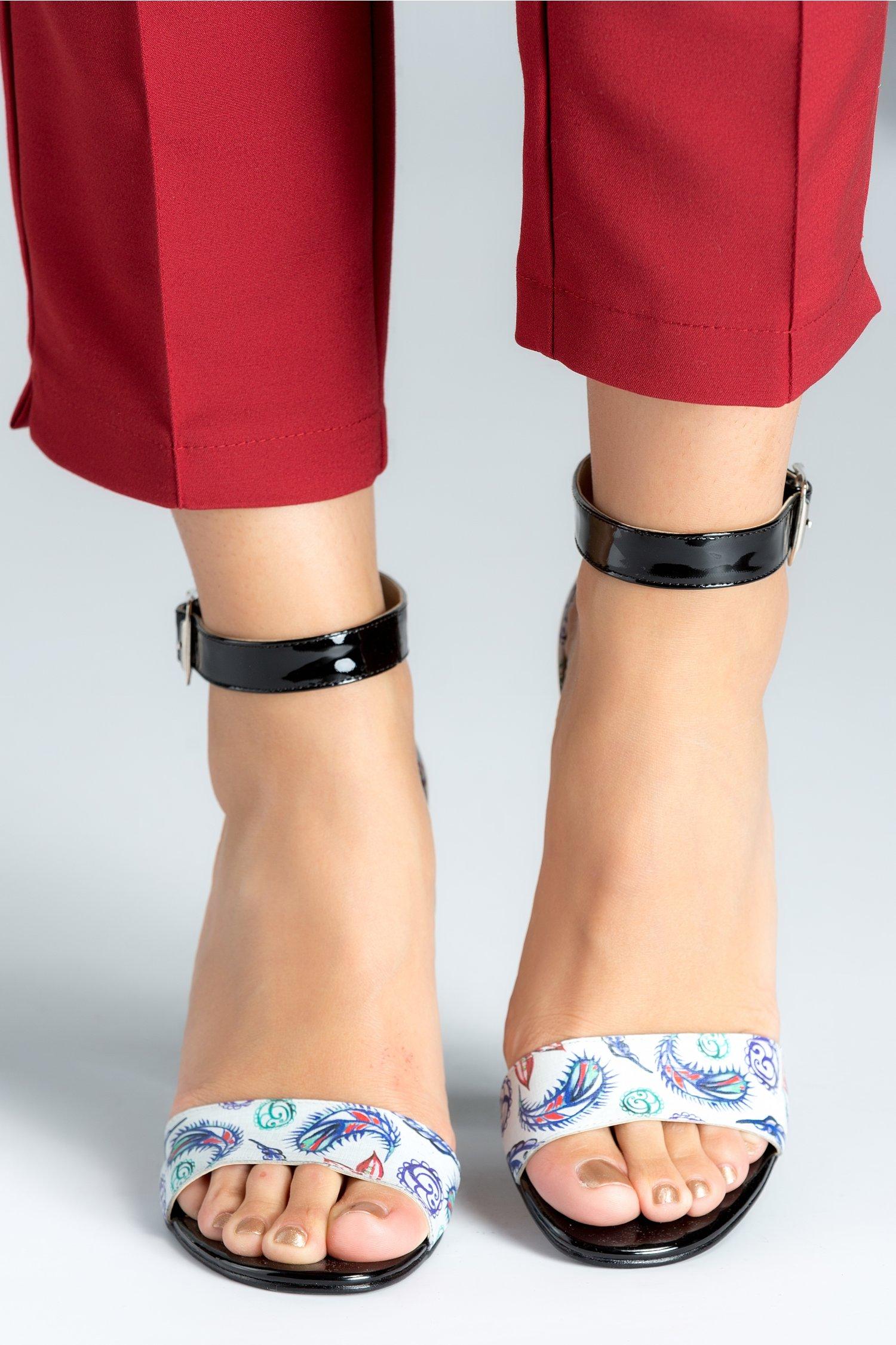 Sandale dama negre cu motive florale