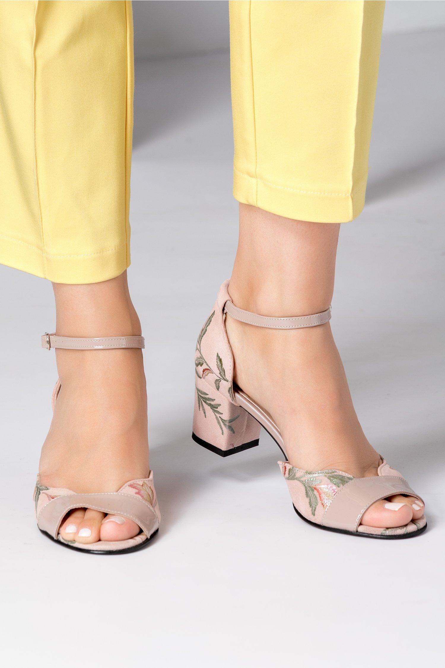 Sandale dama rose cu imprimeu si toc jos