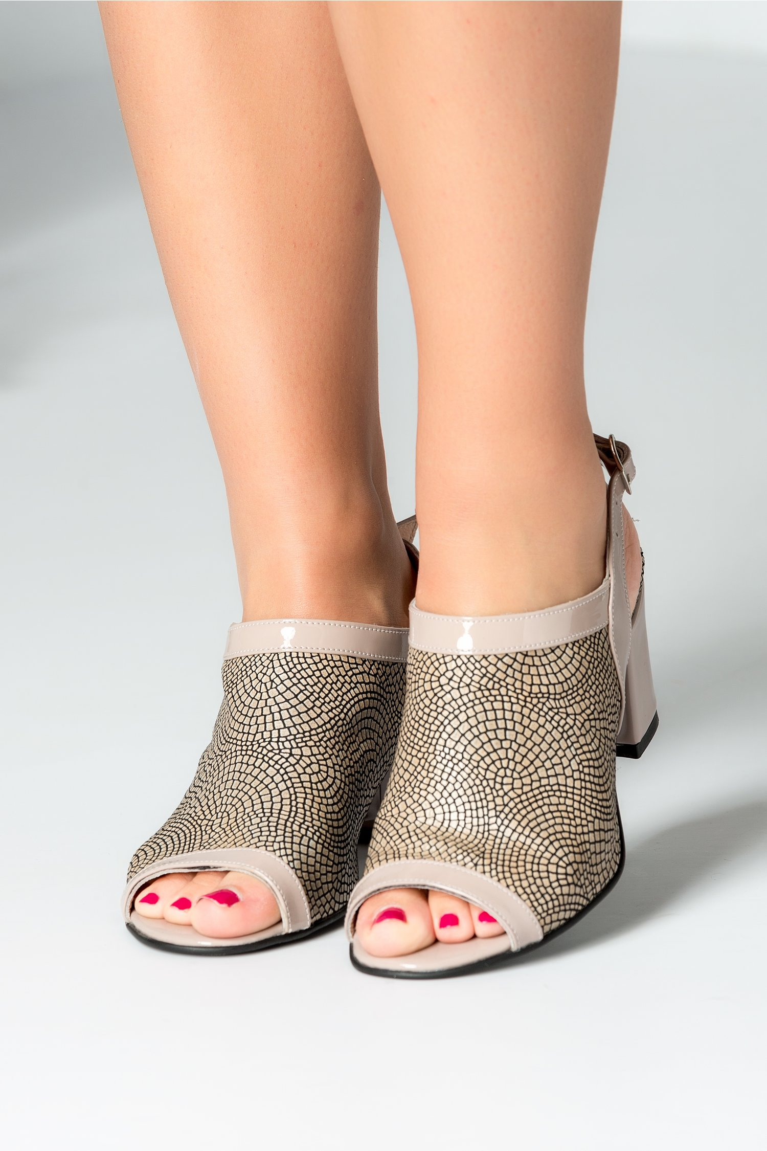 Sandale dama rose prafuit cu imprimeuri