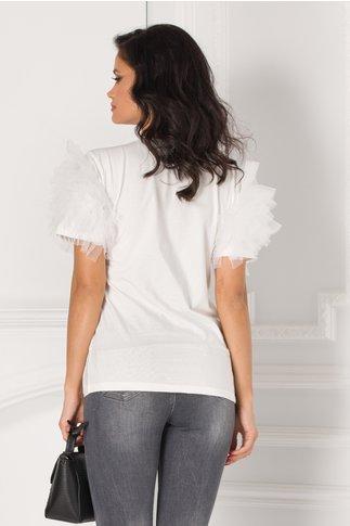 Tricou alb cu volane din tull la maneci
