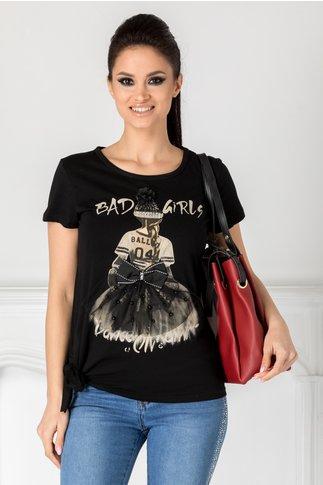 Tricou Girly negru cu imprimeu si aplicatii 3D