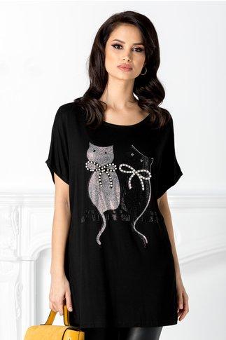Tricou negru cu pisicute la bust