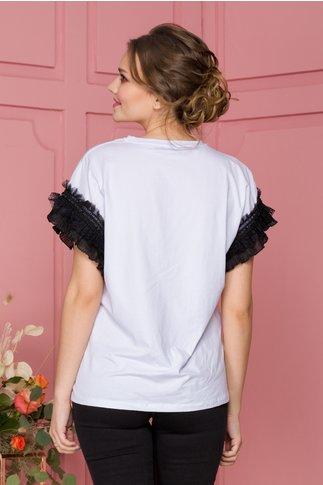 Tricou Purse alb cu imprimeu roz si volanase la maneci