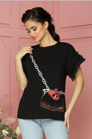 Tricou Purse negru cu imprimeu corai si volanase la maneci