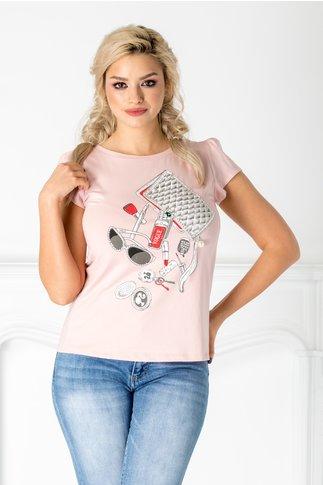 Tricou Vogue roz cu imprimeu fashion si perlute