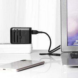 Incarcator retea universal de calatorie Benks A29 4 USB 1 USB-C LED Negru