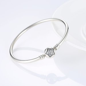 Bratara din argint 925 cu Model Steluta si Cristale