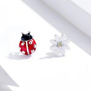 Cercei din argint Asymmetric Ladybug & Daisy