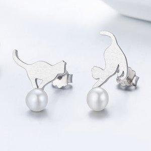 Cercei din argint Cat on Pearl