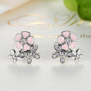 Cercei din argint cu surub si Flori Colorate