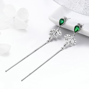 Cercei din argint Long Emerald Leaves