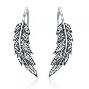 Cercei din argint tip Pana