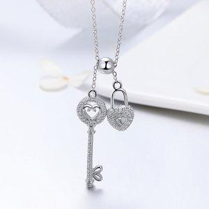 Colier din argint cu Lacat si Cheie