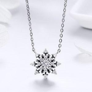 Colier din argint Luminous Snowflake