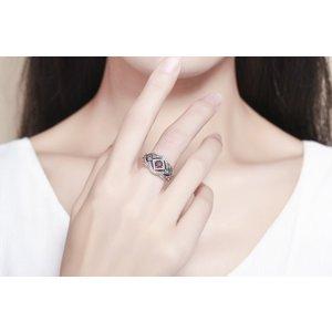 Inel din argint cu Cristal Royal
