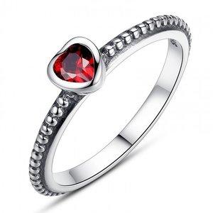 Inel din argint cu Inima Romantica si Cristal Rosu