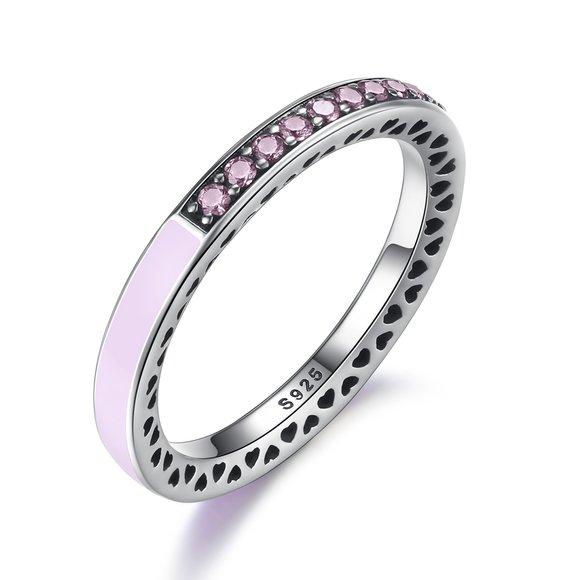 Inel din argint cu Inimi Decupate si Cristale Roz