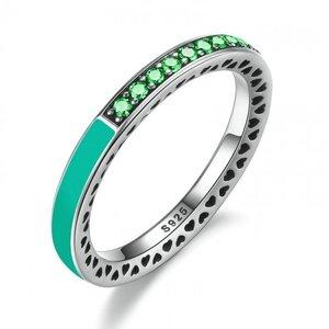 Inel din argint cu Inimi Decupate si Cristale Verzi