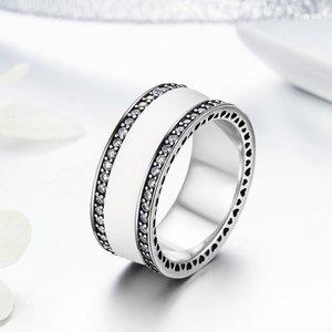 Inel din argint cu Inimi Decupate si Email Alb