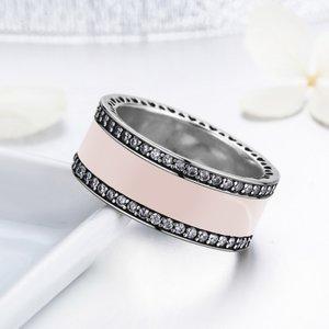 Inel din argint cu Inimi Decupate si Email Roz Pastel