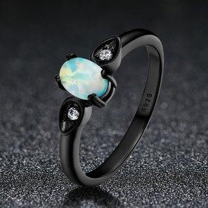 Inel din argint cu Piatra de Opal