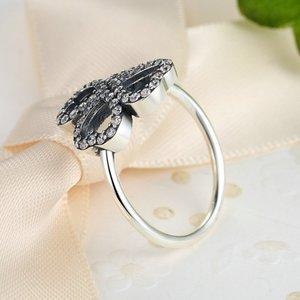 Inel din argint cu Trifoi cu Inimi